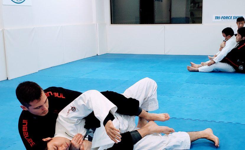 カラーチョーク(ブラジリアン柔術)